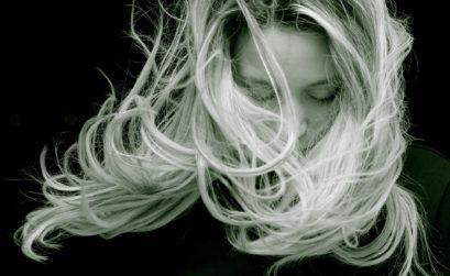 Come mantenere i capelli giovani col passare del tempo